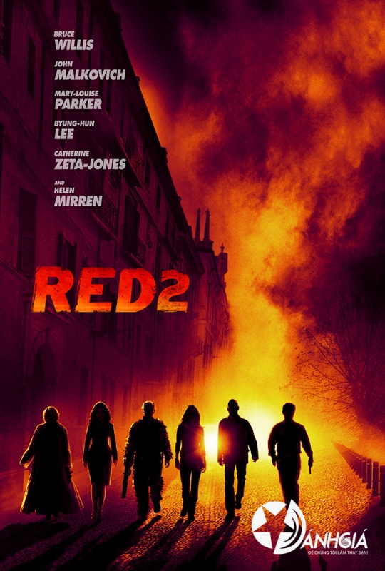 RED 2 Review   CIA Tái Xuất 2