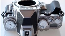 """Nikon Df: Kiểu dáng """"hoài cổ"""""""